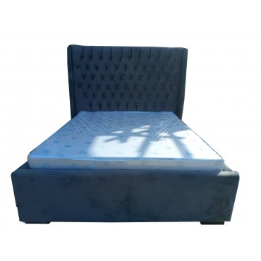 Luxurious Good Quality  3place Bed Crafted From the Finest Wood